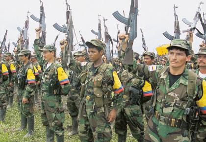 Guerrilleros de las FARC-EP