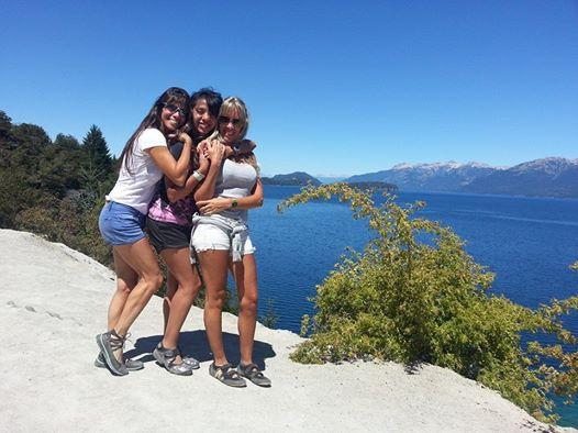 Gaby, Delia y Laura